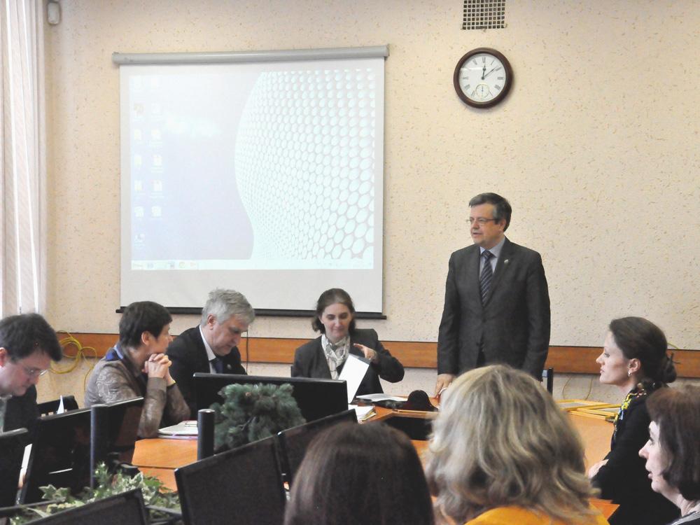 На заседании Ученого совета наградили лучших студентов