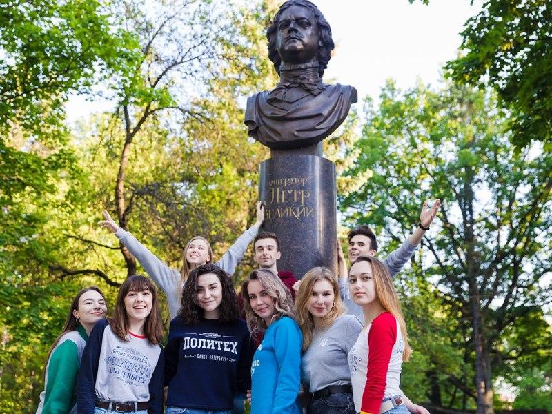 Знаки отличия I, II, III степени получили 158 студентов ИПМЭиТ