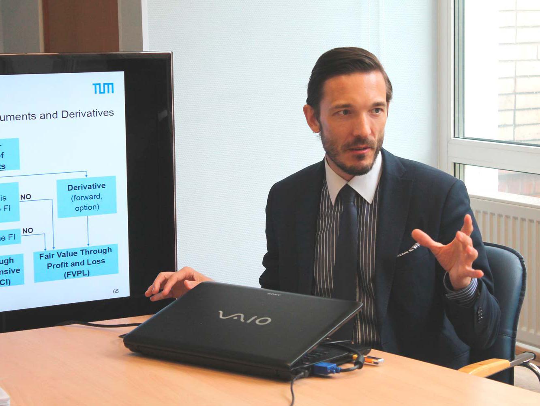 Профессор Мюнхенского технического университета  Юрген Эрнстбергер посетил ИПМЭиТ