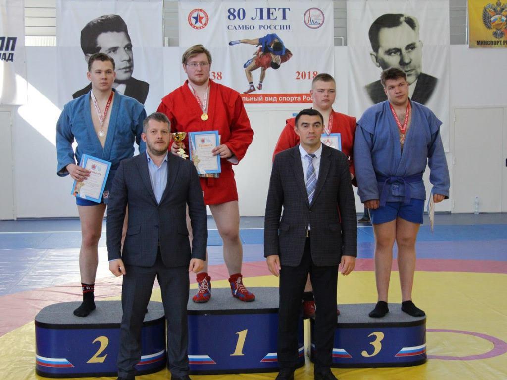Cтудент ВИЭШ Арсений Степанов стал чемпионом по самбо на первом этапе Vl летней Универсиады